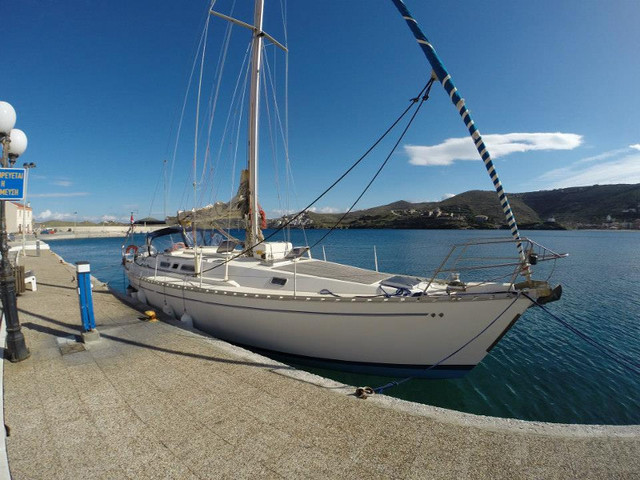 Charter sailboat Atlantic 49[G] in Mykonos - Cyclades Islands